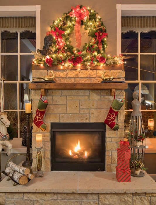Jail Hill Inn, Galena, Illinois, Fireplace, Christmas