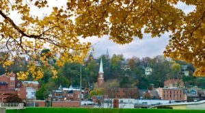 10 of the BEST Things to do in Galena This Fall Near our Bed and Breakfast